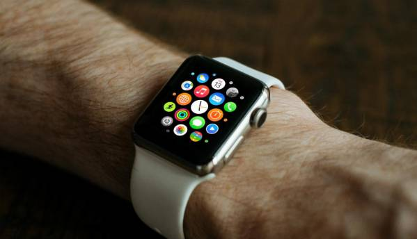 Apple patents self-adjusting watch band design for Apple Watch: Report