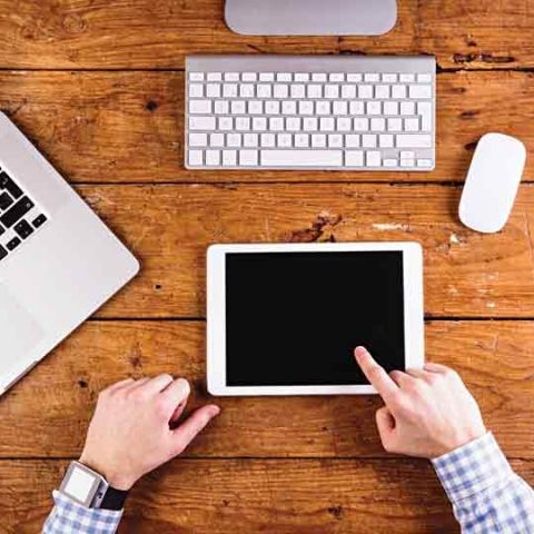Laptop or Tablet: Which one should students choose?