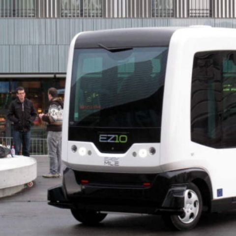 Paris wants to roll out driverless minibus services by 2018