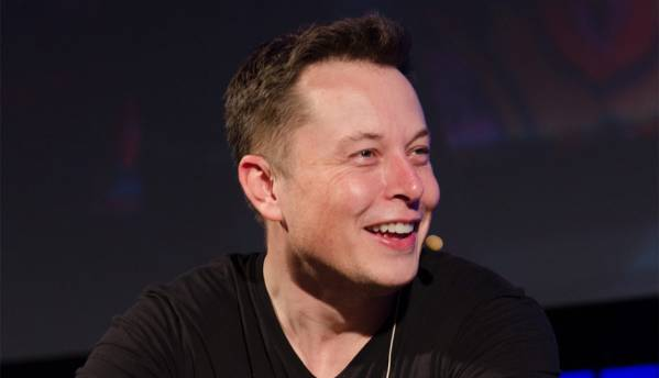 Nothing political, I just don't like Facebook: Musk