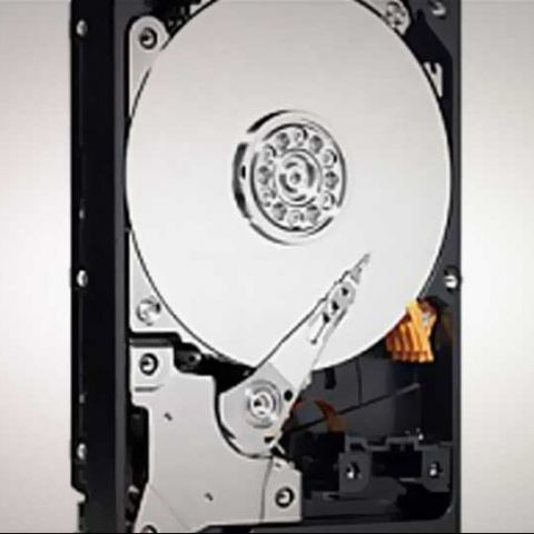 Report: Hard drive market looking at drop in unit sales in 2013