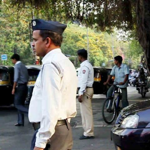 Mumbaikars can now pay traffic challans via FreeCharge