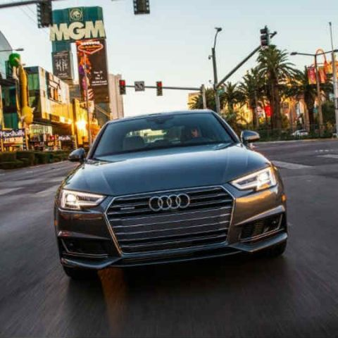 Audi's new TLI technology will tell you when a traffic light will turn green