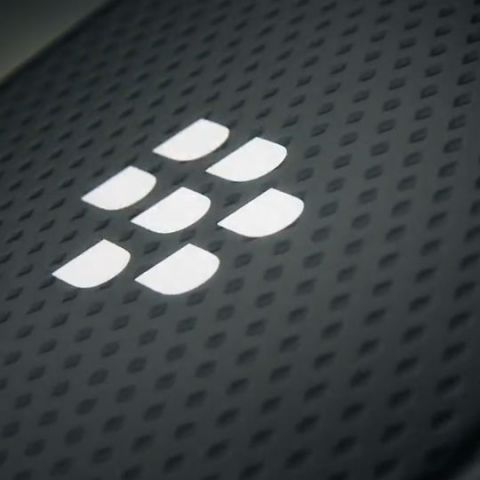 BlackBerry plans to 'Make In India', signs licensing deal with Delhi-based Optiemus Infracom