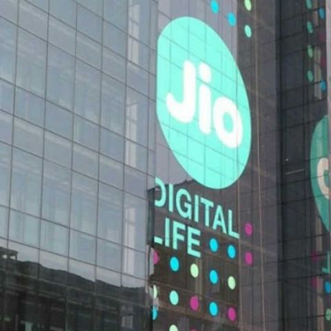 Reliance Jio's average download speed reached 18Mbps in December 2016: TRAI