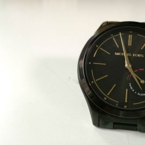 4fd3657f06a3 Michael Kors Access Hybrid Slim Runway Smartwatch review  basic
