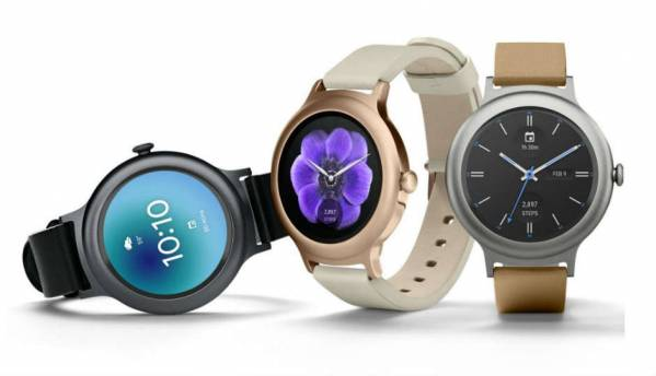 Android Wear 2.0 will get future updates from Google Play Store, adds WhatsApp integration