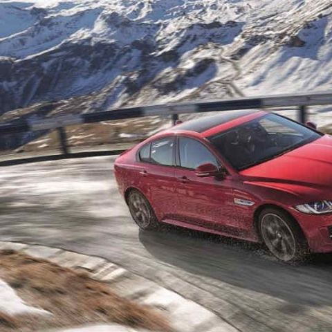 Jaguar opens bookings for Jaguar XE 2.0-litre diesel variant in India