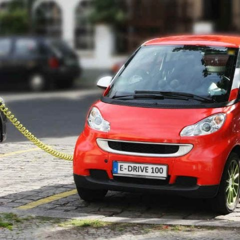 NITI Aayog suggests new policy to government for promoting electric vehicles in India