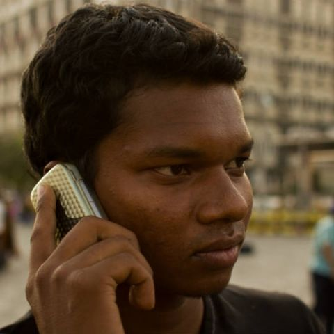 TRAI directs telcos to clearly inform prepaid subscribers of minimum recharge requirements