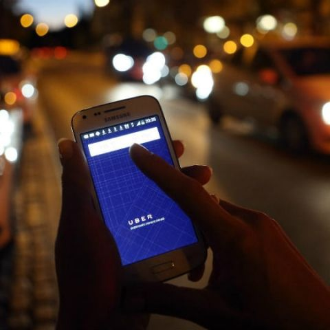 Uber reportedly testing in-cab entertainment services in India to rival Ola