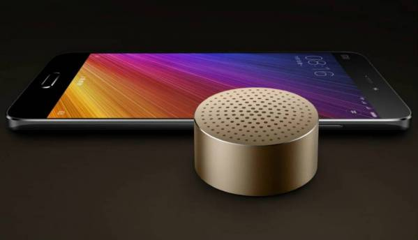 Xiaomi announces Mi WiFi Repeater 2, Mi Bluetooth Speaker Mini, 10000mAh and 20000mAh Power Bank 2 in India