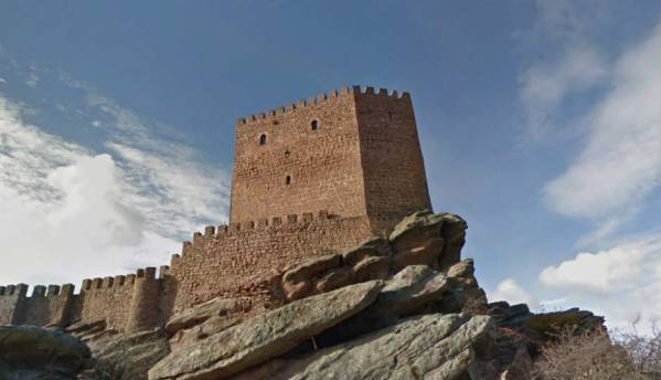 Google Maps will now let you wander through Westeros via Street View