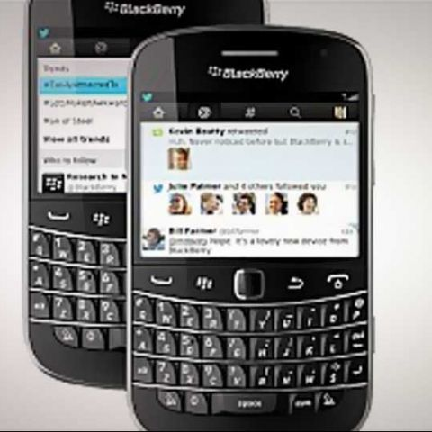 Twitter updates its BlackBerry app, adds Connect and Discover tabs