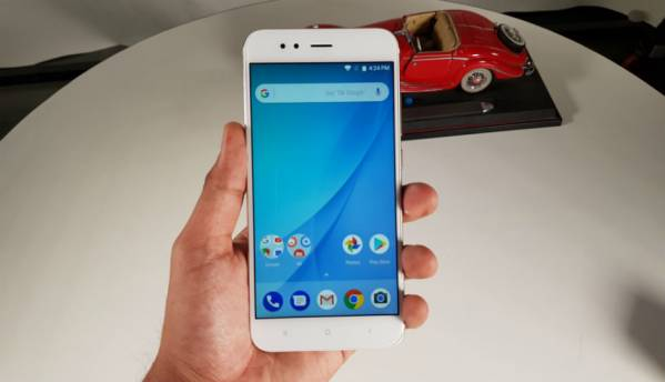 Android Oreo v8.1 update rolling out to Xiaomi Mi A1, but you may want to wait before updating