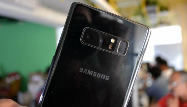 Samsung Galaxy Note 8 gets Super Slow-Motion and AR Emojis in latest update
