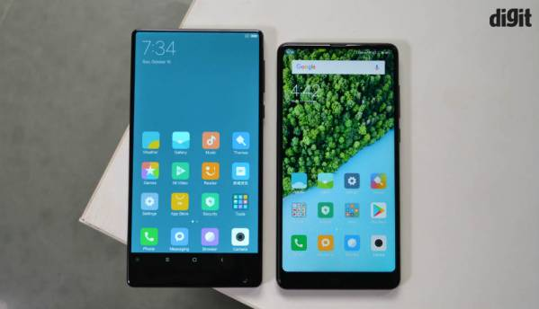 10 Big screen phones in relatively compact form factor