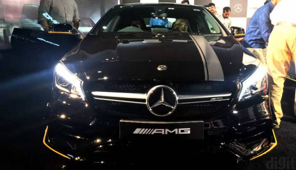 First Look: Mercedes-AMG CLA 45 and AMG GLA 45