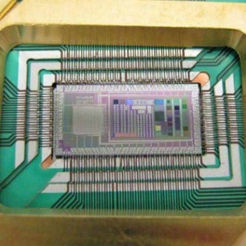 Researchers unveil design of silicon quantum computer chip