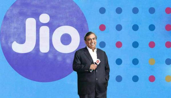 Jio ups the ante for other telcos, offers 50 percent more data or Rs 50 off on all 1GB recharge plans