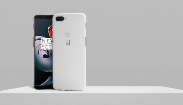OnePlus 5T Sandstone variant with 8GB RAM launched priced at $559 (Rs 35,500 approx)