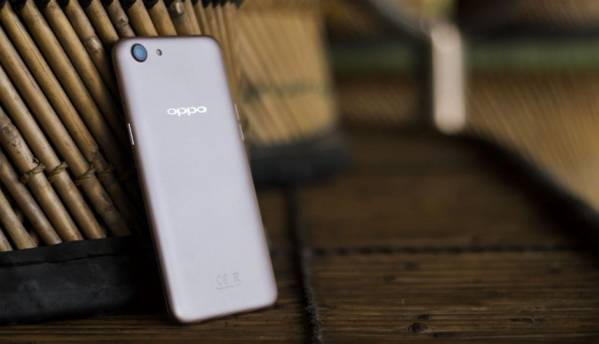Oppo A83 with 5.7-inch thin-bezel display, AI Beauty Recognition Technology launched at Rs 13,990