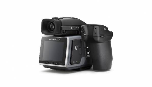 Hasselblad's H6D-400c MS camera can capture 400 Megapixel multi-shot images