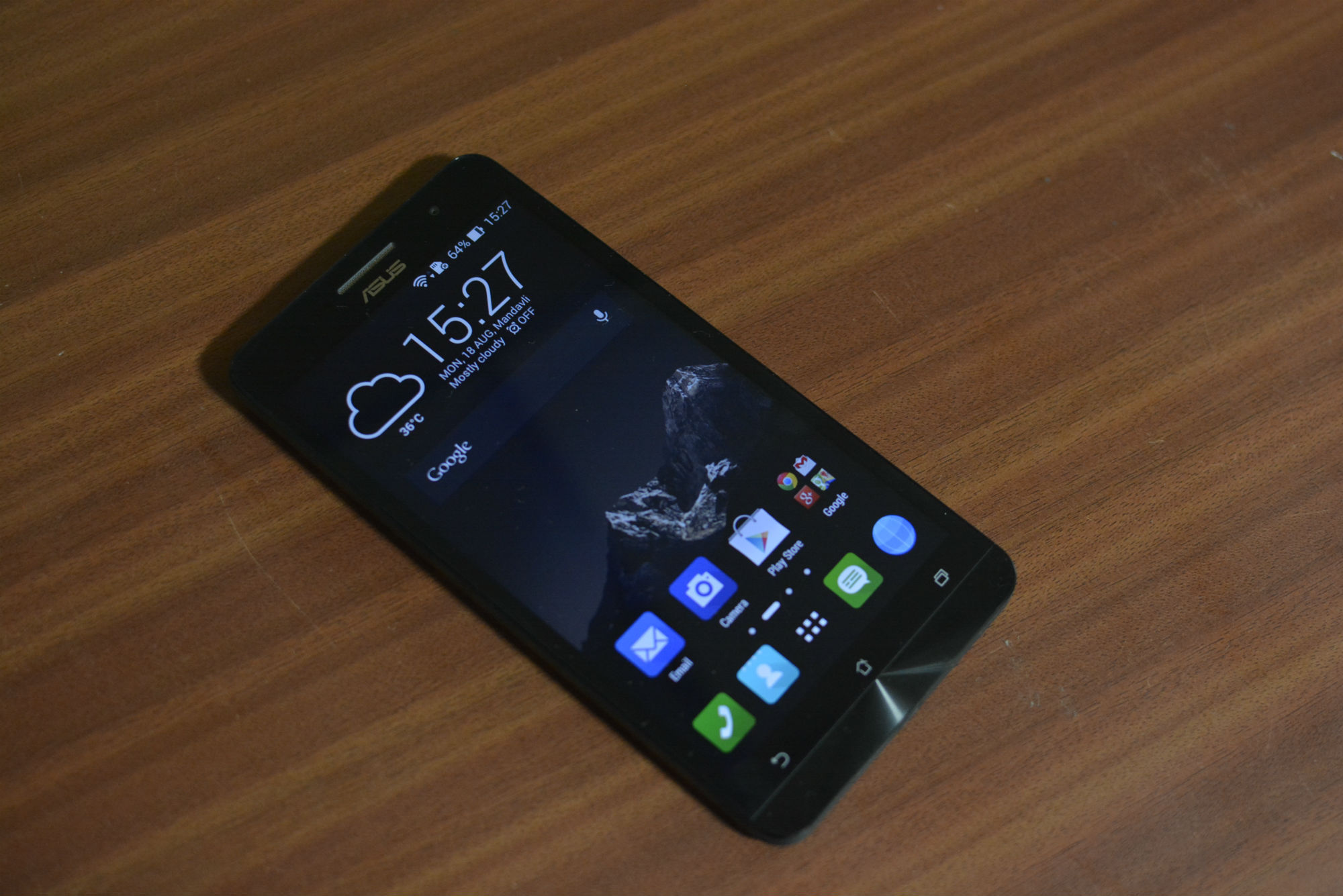 Smartphone Asus Zenfone 6: a review of the model, specifications and customer reviews 64