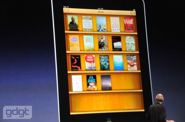 Apple iBooks has a Shelfari-like bookshelf interface