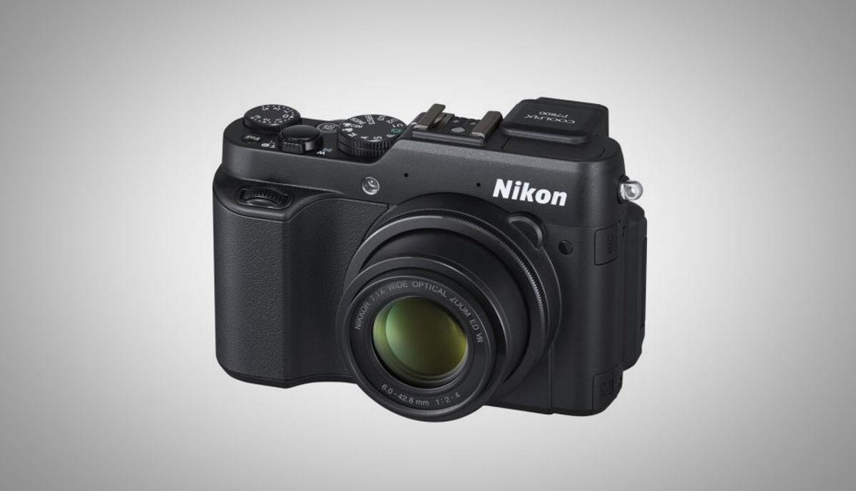 निकॉन Coolpix P7800