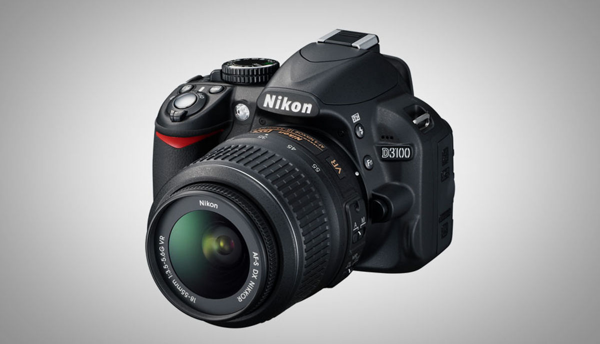 निकॉन D3100