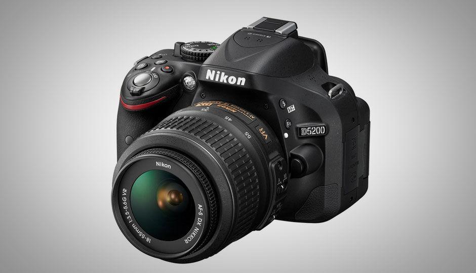 Compare Nikon D5200 Vs Canon EOS 1300D - Price , Specs