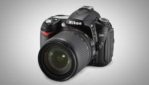 निकॉन D90
