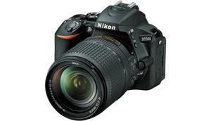 निकॉन D5500